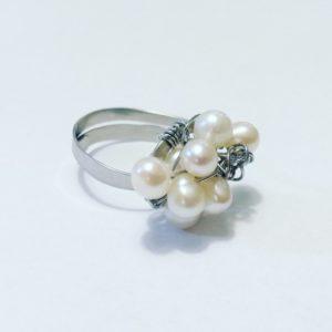 Prsten perlí...